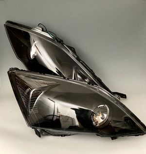 For 07-12 Honda CRV Projector Black Housing Headlights Clear Reflector Lamps for Sale in Santa Ana, CA