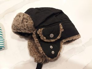 Toddler Snow Hat & Beanie Size 4-8 take both for $5 total for Sale in Rancho Cucamonga, CA