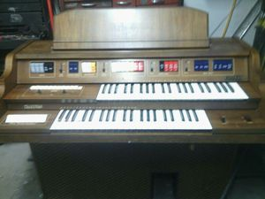 Organ for Sale in East Moline, IL
