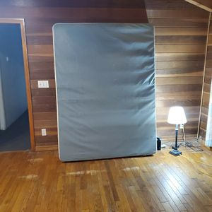 Queen Box Spring for Sale in Riverside, CA