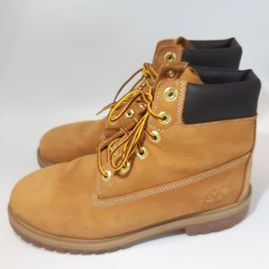 Timberland Men's Wheat Boots Size 6.5 for Sale in Boston, MA