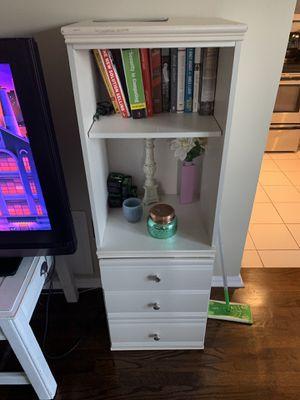 Lovely Pair of Bookshelves for Sale in Atlanta, GA