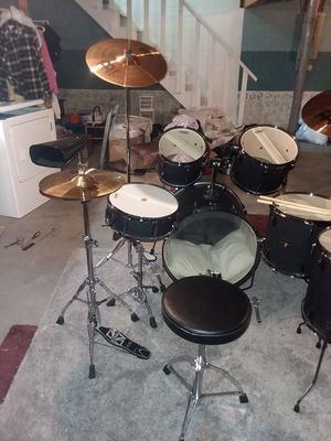 Tama 6 piece drum set for Sale in London, OH