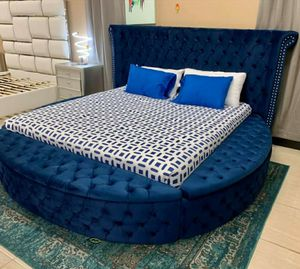 🪂 BRAND NEW 🪂Velvet Navy Queen Storage Platform Bed for Sale in Jessup, MD