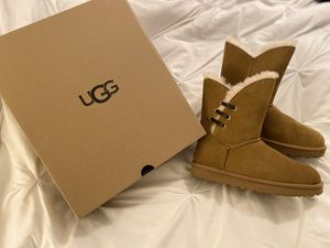 WOMEN'S UGG CONSTANTINE BOOTS for Sale in Orlando, FL
