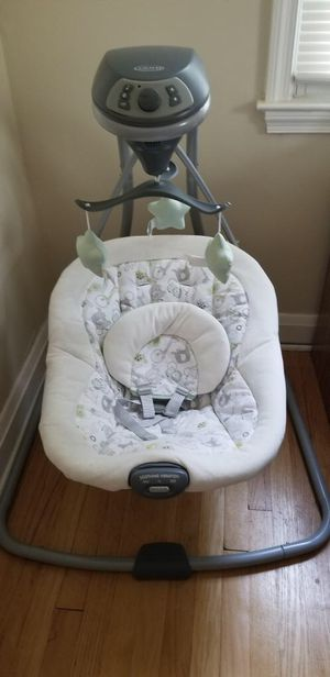 Graco Baby Swing ... BARELY used. for Sale in Baltimore, MD