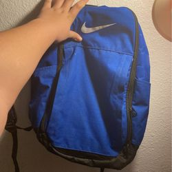 nike backpack 3 pouches for Sale in Tacoma,  WA