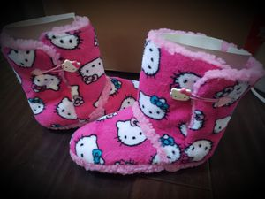 New Hello Kitty Bootie Slippers sz 5/6 for Sale in Irvine, CA