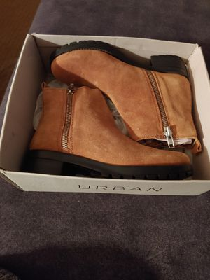 Urban outfitters size 10 new boots for Sale in Grandview, IL