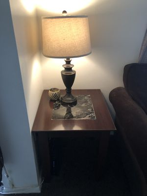 Coffee table 2 end tables and 2 lamps for Sale in Rockville, MD