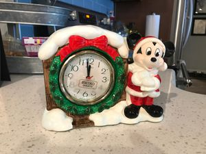 Mickey Christmas clock- clock not working for Sale in Seminole, FL