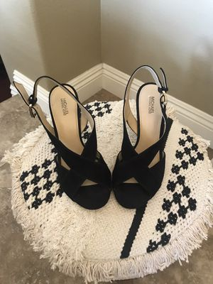 Michael Kors black Heels size 8 for Sale in Chino, CA