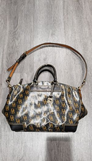DOONEY & BOURKE TOTE HANDBAG PURSE Authentic Used for Sale in Clovis, CA
