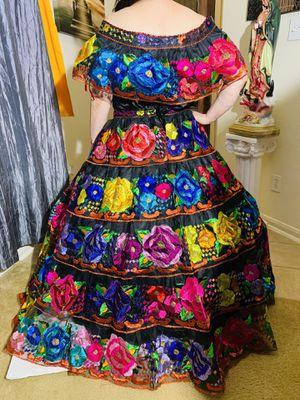 Vestidos nuevos bordados a mano de Chiapas. Tallas S,M, L. Quinceañeras!! for Sale in Cypress, TX