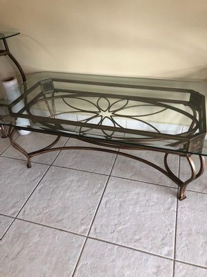 Coffee & end table for Sale in Miami, FL