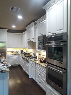 we paint kitchen cabinets for Sale in Beaumont, TX