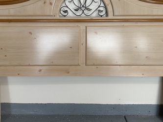 Wood King Size Headboard for Sale in Orange,  CA