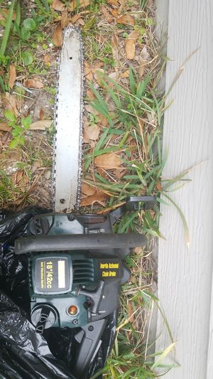 CRAFTSMAN CHAINSAW $35 for Sale in Jacksonville, FL