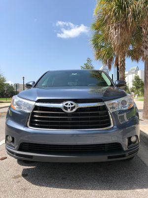 Sold 2014 Toyota Highlander LE Plus Sport Utility 4D for Sale in Tampa, FL