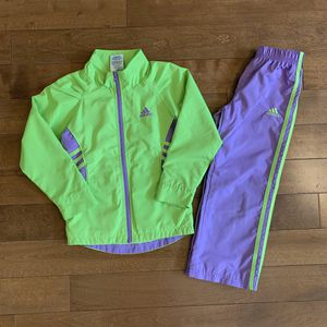 Adidas outfit size 5T girl for Sale in Olympia, WA