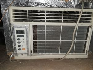 Lg whd8008R window AC for Sale in Rosamond, CA