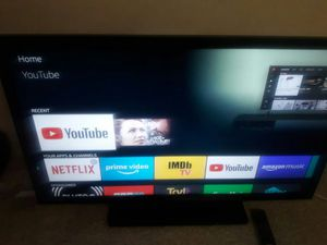 46 inch tv with remote for Sale in East Hartford, CT
