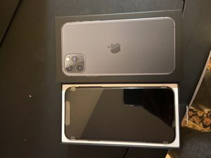 iPhone 11 pro max 64gb for Sale in Seattle, WA
