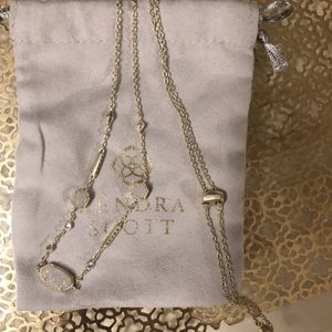 Kendra Scott Gold Maddie Necklace for Sale in Glendale, AZ
