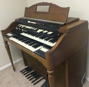 Hammond organ. For parts only for Sale in Linden, PA