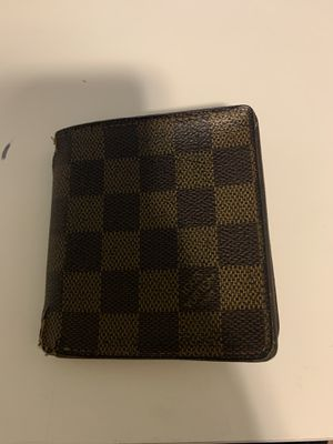 Wallet 100% Oringal. Used for Sale in Duluth, GA