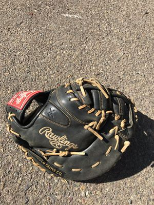 Rawlings Gold Glove Left Handed first basemen glove for Sale in Alpine, CA