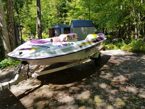 1997 Shuttlecraft with 1998 Seadoo GTS for Sale in Suring, WI