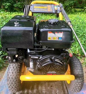 Pressure / Power Washer. Commercial- Grade. 3750 PSI @ 4.0 GPM. Powerful 13 HP Honda. for Sale in Safety Harbor, FL