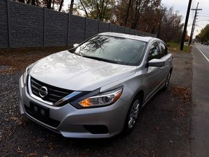 Vendo Nissan altima 2016 for Sale in Beltsville, MD