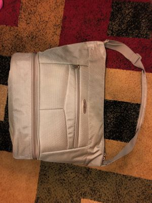 Samsonite Travel Overnighter for Sale in Brooklyn, NY