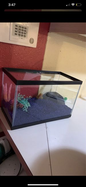 Fish tank for Sale in Seattle, WA