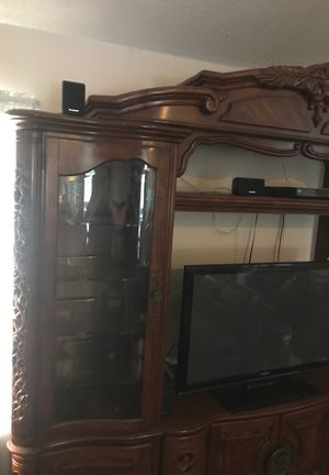 Cherry Entertainment Center 4 pc for Sale in Port St. Lucie, FL