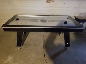 Air hockey table for Sale in Rocky River, OH