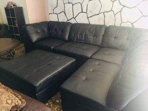 Sectional couch for Sale in Manassas, VA