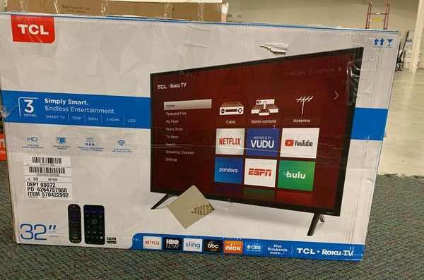 """Brand New TCL ROKU 32"""" Smart Tv! Open box w/ warranty I09"""