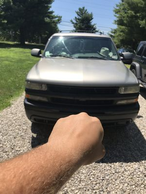 Chevy suburban 1500 LT for Sale in Newark, OH