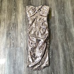 Nicole Miller Gold Sequin Strapless Dress for Sale in Encinitas,  CA
