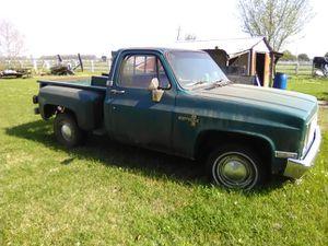 Old school Chevy Silverado for Sale in Maringouin, LA