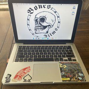 2012 Mac Book Pro for Sale in Nuevo, CA