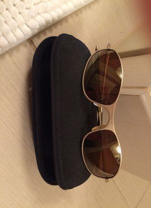 ORIGINAL Oakley A Wire Platinum/Polarized Gold Iridium Sunglasses for Sale in Seattle, WA