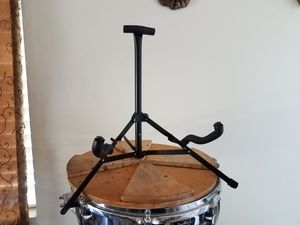 BASS GUITAR STAND COMPACT for Sale in Brea, CA