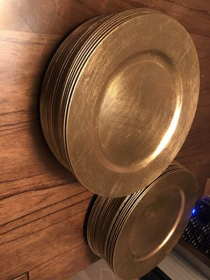 Gold charger plates for wedding/parties/events for Sale in Herndon, VA