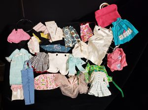 Vintage Barbie- Skipper- Doll Mixed Clothing for Sale in Buena Park, CA