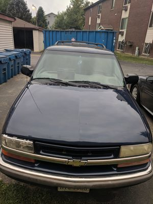2000 Chevy Blazer for Sale in Canfield, OH