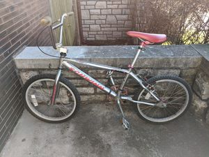 VINTAGE Schwinn super stock 3 XS BMX bike for Sale in St. Louis, MO